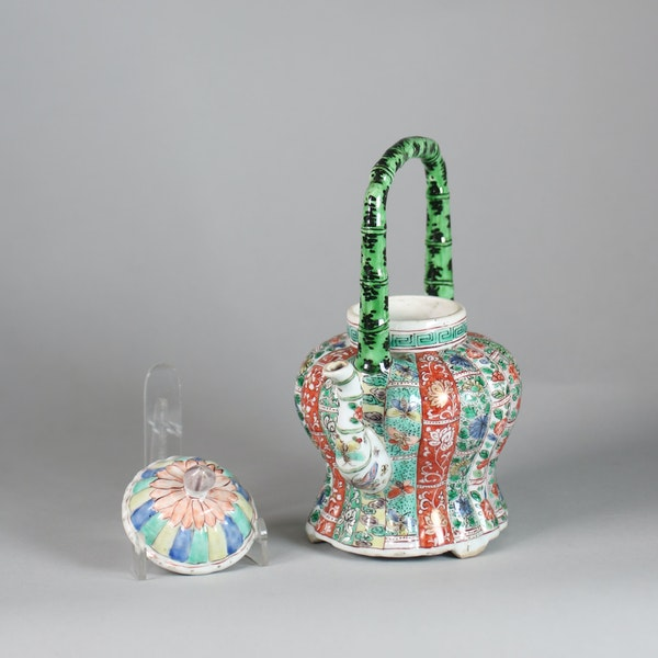 Chinese famille verte ribbed winepot and cover - image 3