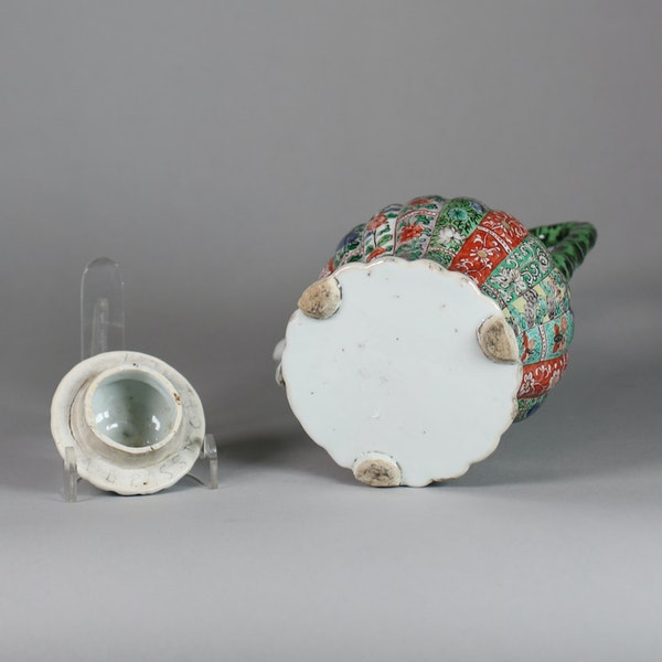 Chinese famille verte ribbed winepot and cover - image 4