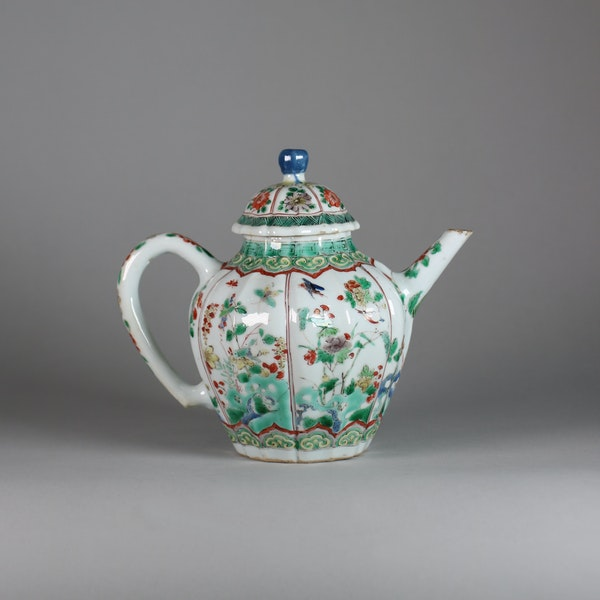 Chinese famille verte moulded teapot and cover - image 2