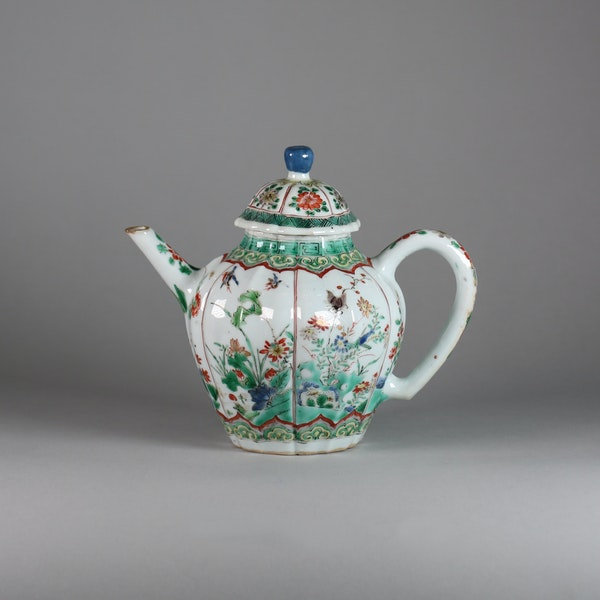 Chinese famille verte moulded teapot and cover - image 1