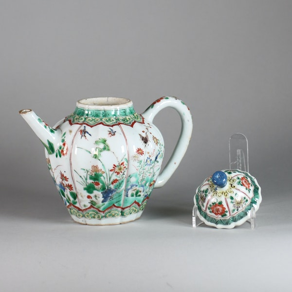 Chinese famille verte moulded teapot and cover - image 6