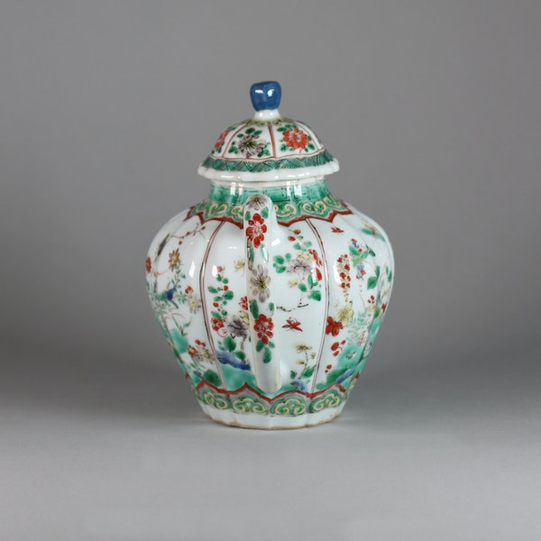 Chinese famille verte moulded teapot and cover - image 5