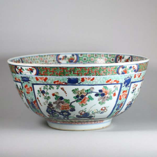 Large Chinese famille verte bowl - image 5