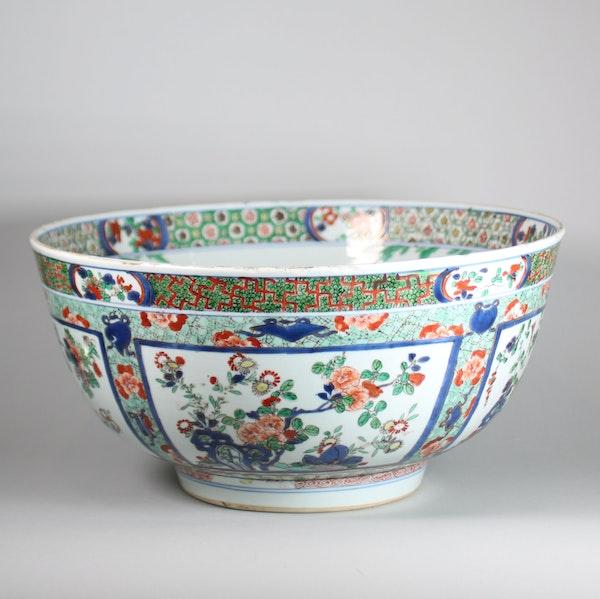 Large Chinese famille verte bowl - image 6
