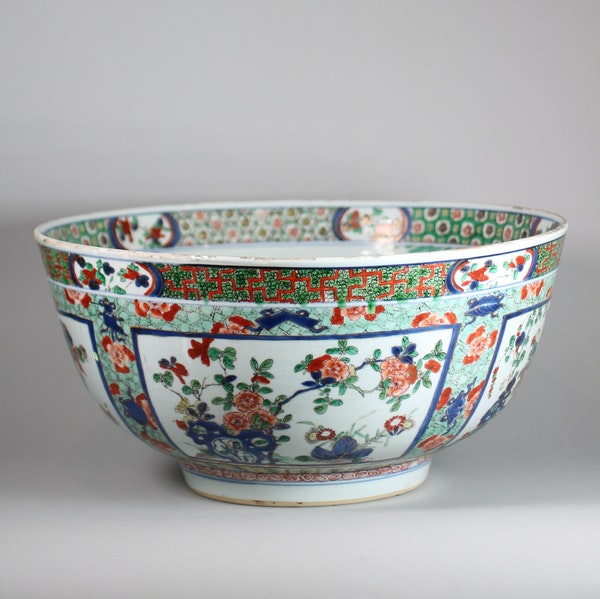 Large Chinese famille verte bowl - image 3