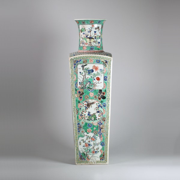 Chinese famille verte square-section tapering vase - image 4