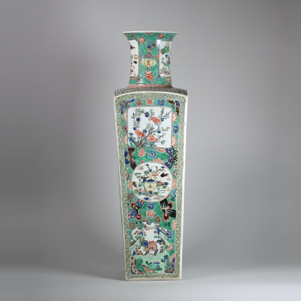 Chinese famille verte square-section tapering vase - image 6