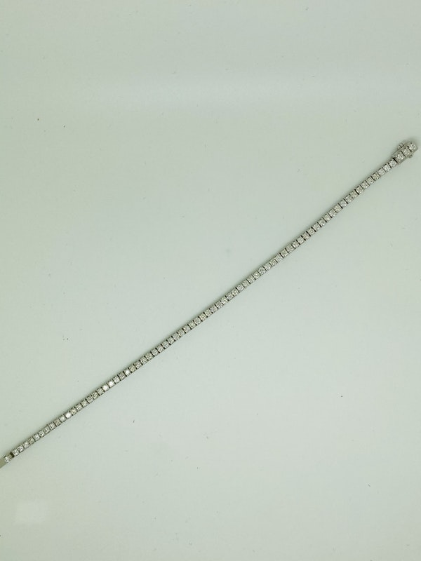 18K white gold 3.34ct Diamond Line Bracelet - image 3