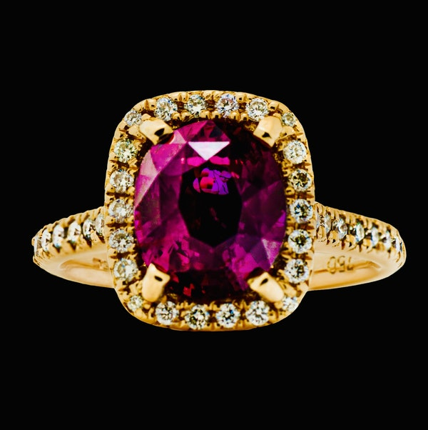 18K Yellow Gold 4.02ct Natural Ruby and 0.33ct Diamond Ring - image 1