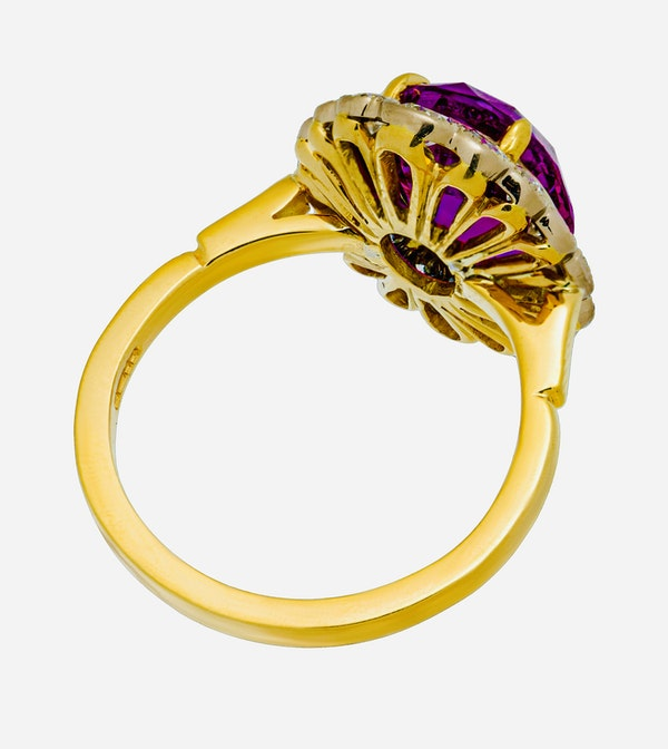 18K yellow gold 5.19ct Natural Ruby and 1.17ct Diamond Ring - image 5
