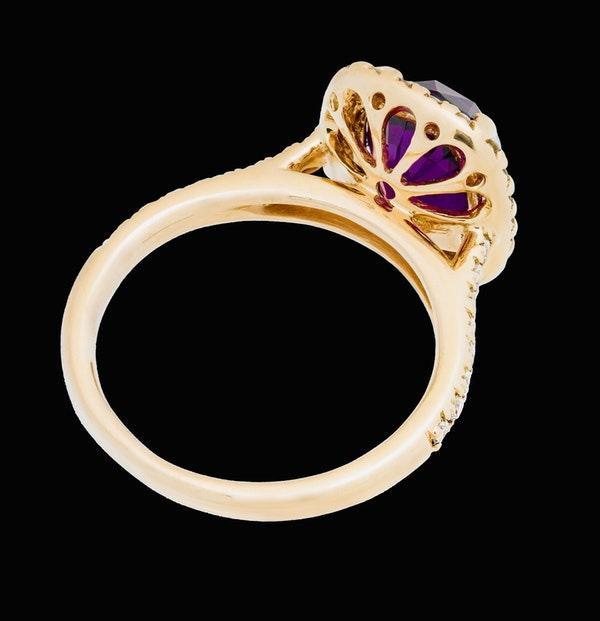 18K Yellow Gold 4.02ct Natural Ruby and 0.33ct Diamond Ring - image 3