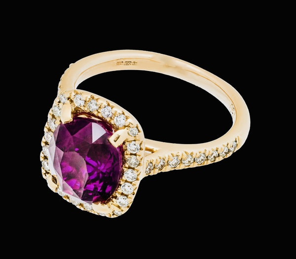 18K Yellow Gold 4.02ct Natural Ruby and 0.33ct Diamond Ring - image 5