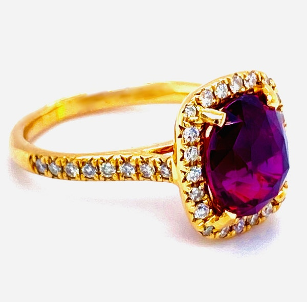 18K Yellow Gold 4.02ct Natural Ruby and 0.33ct Diamond Ring - image 6