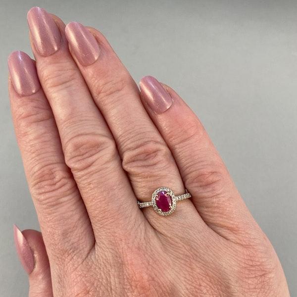 1980, 14ct White Gold Ruby & Diamond stone set Ring, SHAPIRO & Co - image 2