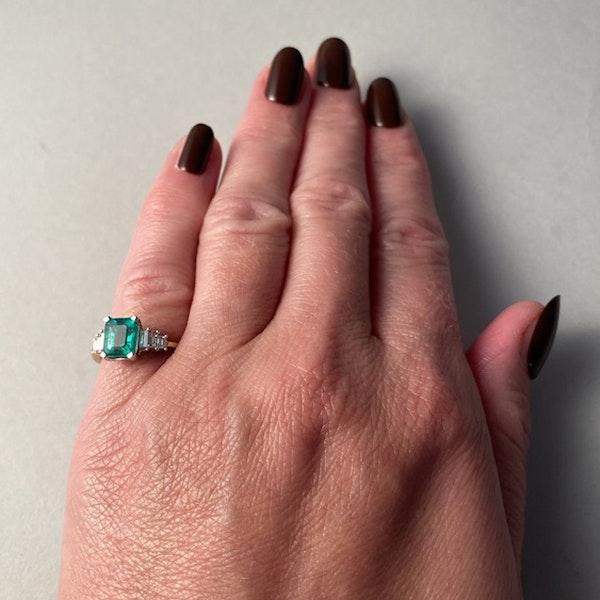 1980's, 18ct White/Yellow Gold Emerald & Diamond stone set Ring, SHAPIRO & Co - image 2