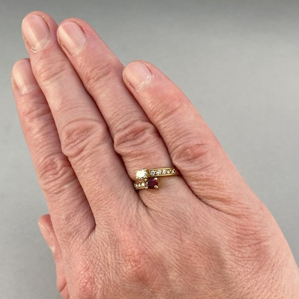 1960's, 18ct Yellow Gold Ruby & Diamond stone set Ring, SHAPIRO & Co - image 3