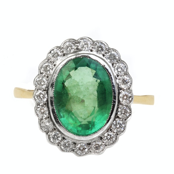 A 1930s Emerald and Diamond Ring - image 2