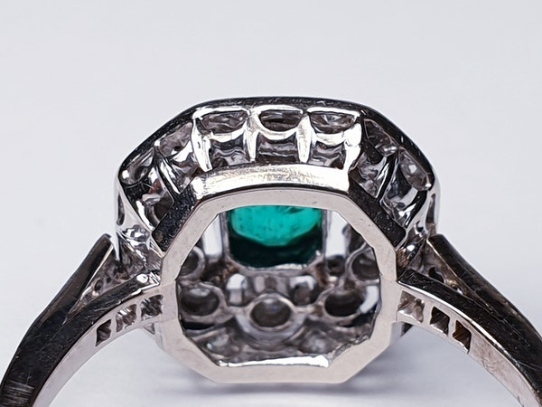 Belle Epoque Emerald and Diamond Ring  DBGEMS - image 5