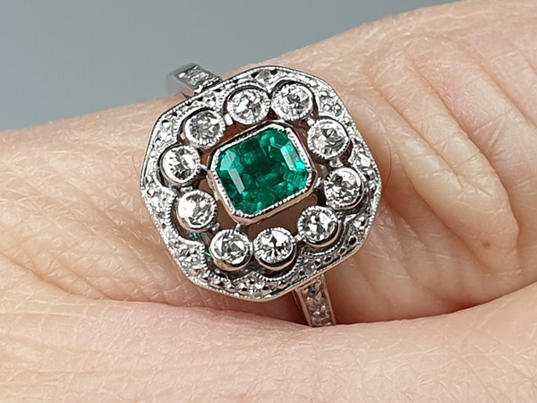 Belle Epoque Emerald and Diamond Ring  DBGEMS - image 2