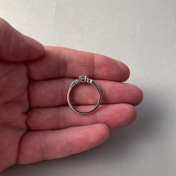 1980's, 18ct White Gold Emerald Cut & Brilliant Cut stone set Ring, SHAPIRO & Co - image 6