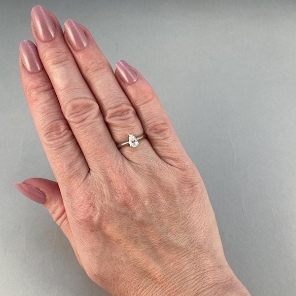 London 2003, Platinum, Pear shape Diamond stone set Ring, SHAPIRO & Co - image 1