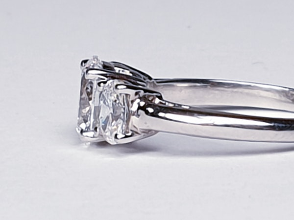 1.01ct D IF Oval Diamond Ring  DBGEMS - image 3