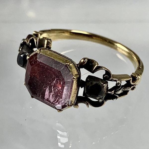 Eighteenth century gold ring - image 2