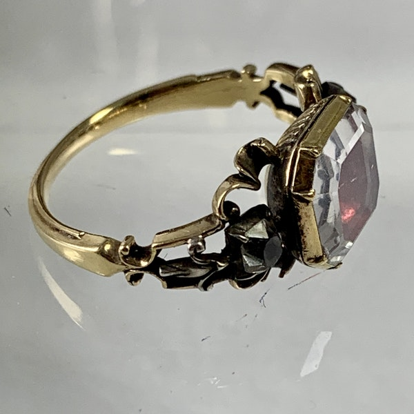 Eighteenth century gold ring - image 4