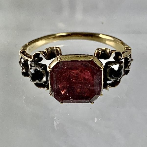 Eighteenth century gold ring - image 5