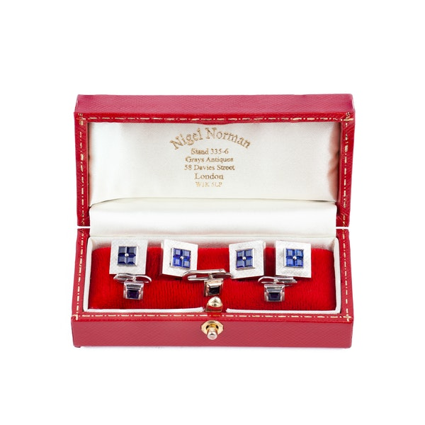 Art Deco Cufflinks & Studs Cartier Style in 18 Karat Gold with Square Sapphires, USA circa 1935. - image 2