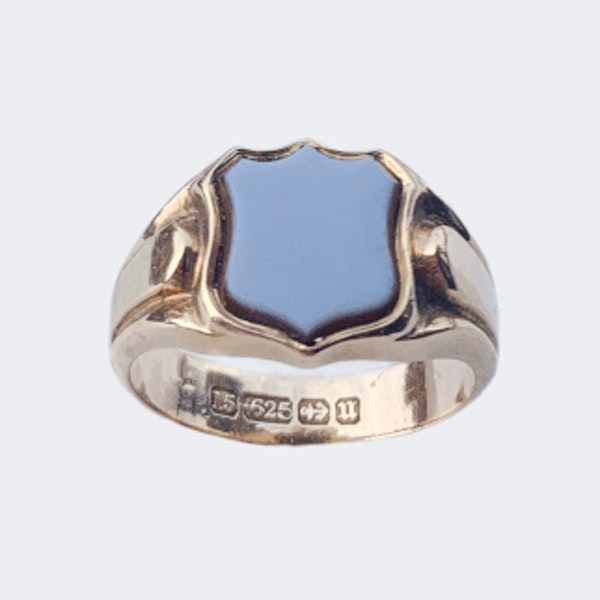 A Victorian Carnelian Signet Ring - image 3