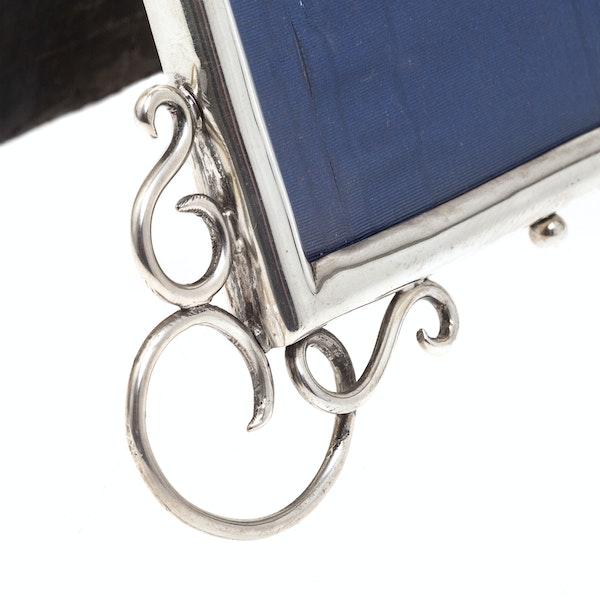 A quality silver antique frame - image 2