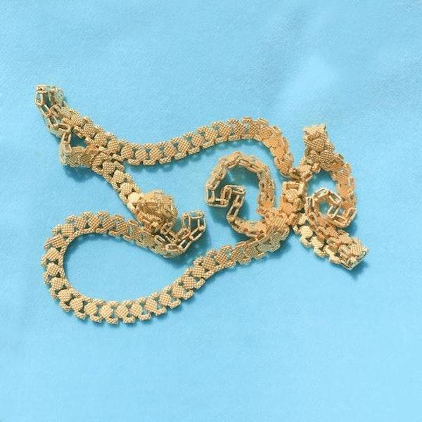 A Georgian Pinchbeck chain - image 2