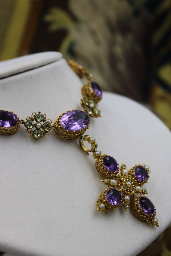 An exceptional example of a late Georgian Demi-Parure in High Carat Yellow Gold set with Amethysts, Seed Pearls and Chrysoberyl, Circa 1820. - image 1