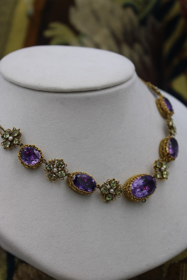 An exceptional example of a late Georgian Demi-Parure in High Carat Yellow Gold set with Amethysts, Seed Pearls and Chrysoberyl, Circa 1820. - image 2