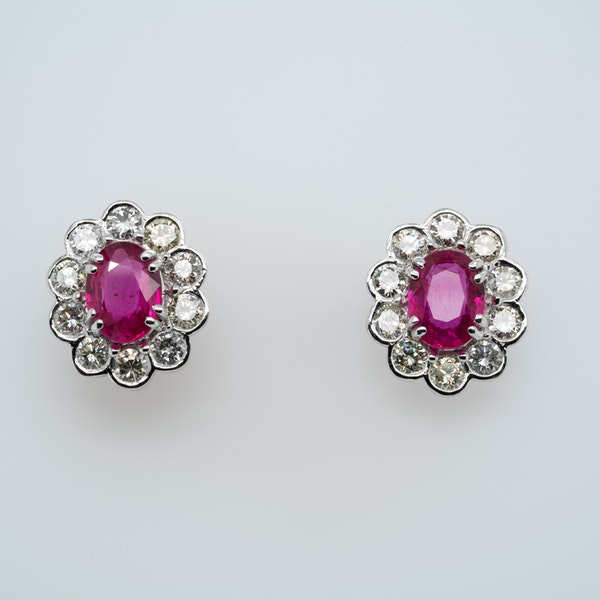 Diamond and ruby cluster earrings - image 1