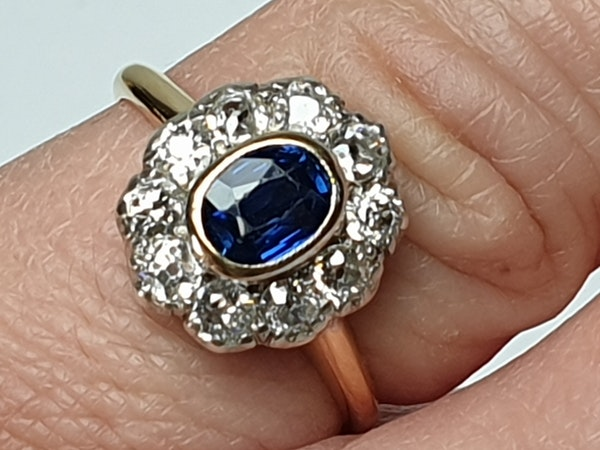 Antique Sapphire and Diamond Cluster Ring  DBGEMS - image 6