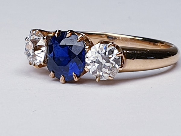 Antique sapphire and diamond engagement ring  DBGEMS - image 4