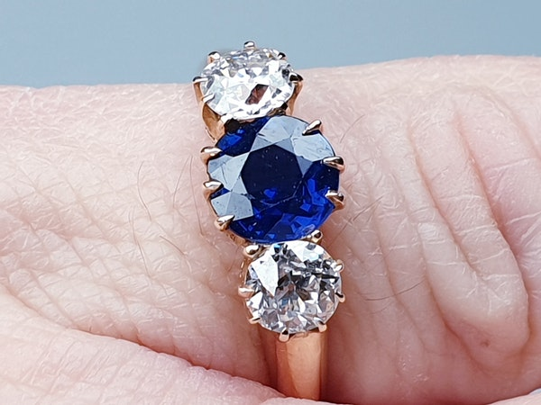 Antique sapphire and diamond engagement ring  DBGEMS - image 2
