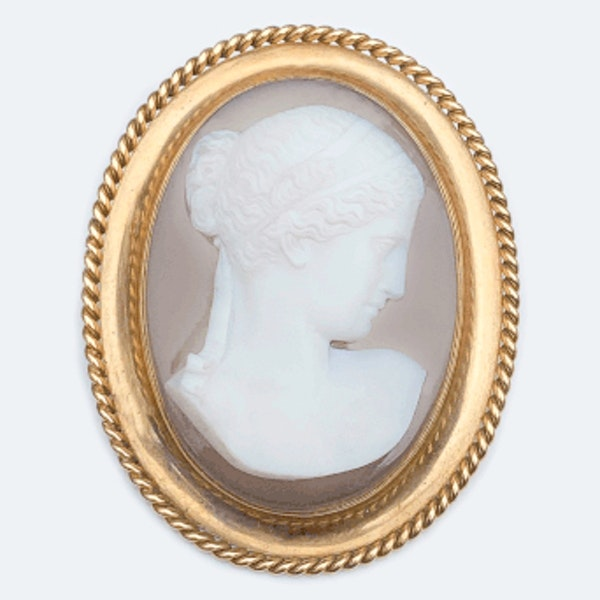 A Victorian Gold Mounted Agate Cameo Brooch - image 1