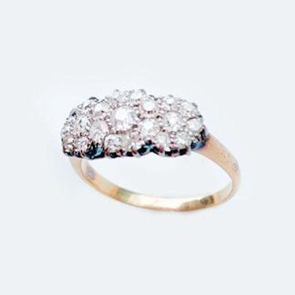 A 1940s Diamond Gold Ring - image 2
