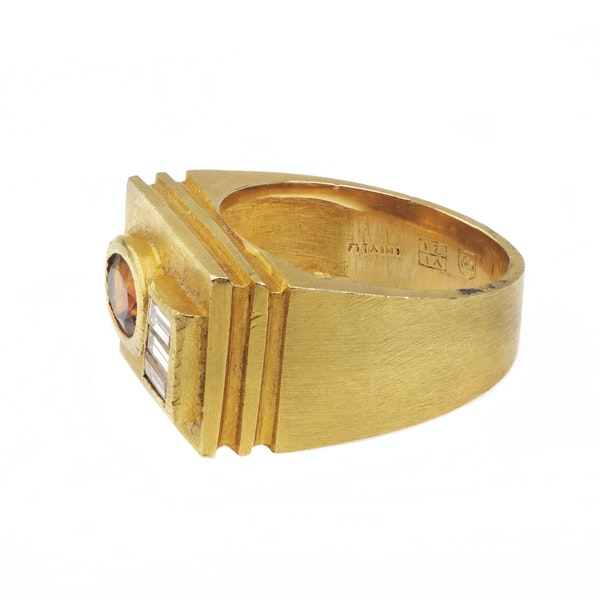 A 1950s Citrine and Diamond Ring - image 2