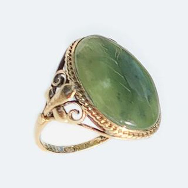 An Antique Connemara Marble Ring - image 2