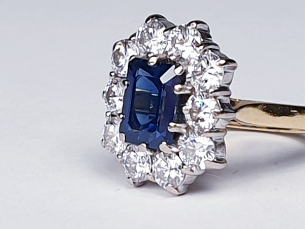 Antique Sapphire and Diamond Cluster Ring  DBGEMS - image 4