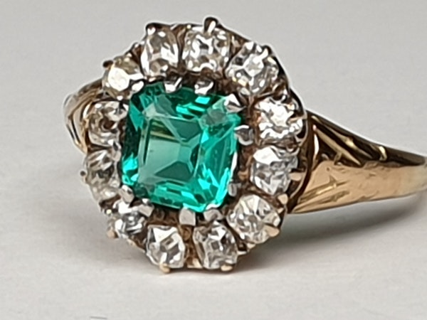 Antique Emerald and Diamond Cluster Engagement Ring  DBGEMS - image 2