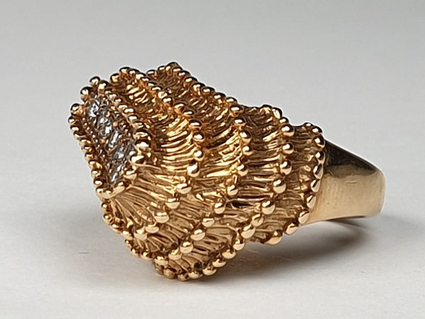 1960's English goldsmiths as art jewellery tied plateau ring  DBGEMS - image 4