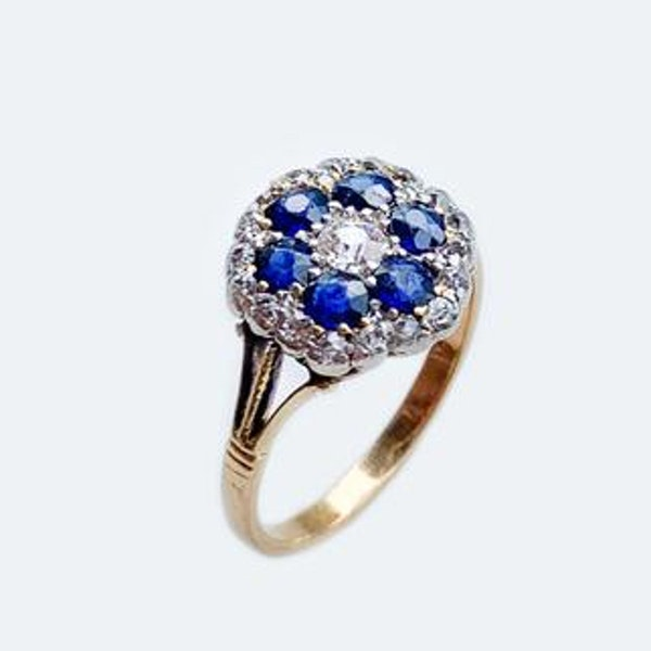 A 1930s Sapphire and Diamond Gold Ring - image 2