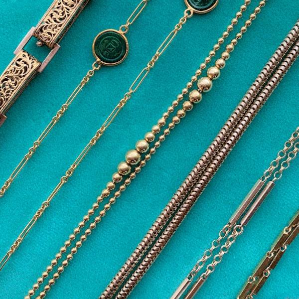 A Victorian Gold Guard Chain - image 3