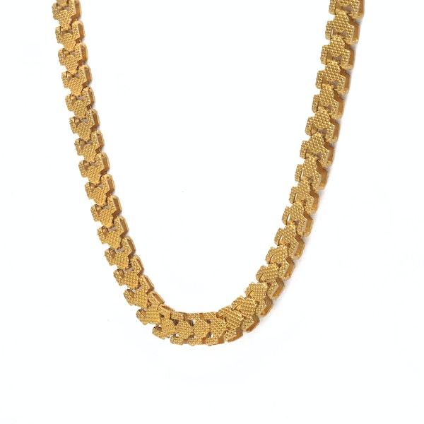 A Georgian Pinchbeck chain - image 4