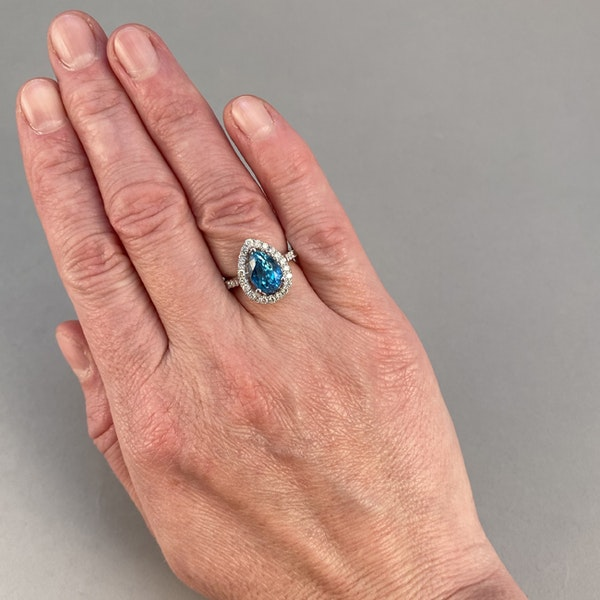 1980's, 14ct White Gold, Blue Zircon and Diamond stone set Ring, SHAPIRO & Co since1979 - image 2
